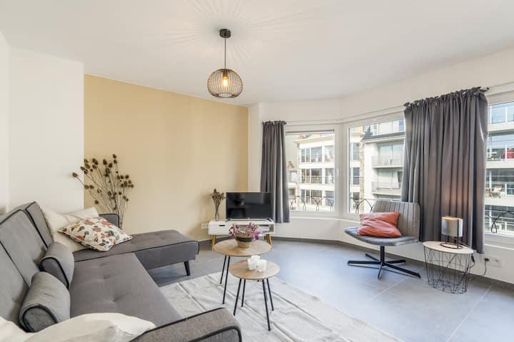 Nieuw appartement vlak bij  de zee op 3e verdiep