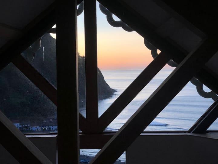 Ocean Penthouse at Tors Park, Stunning sea views