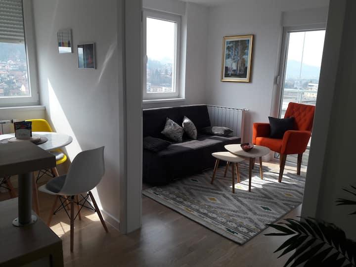 Novi apartman u centru