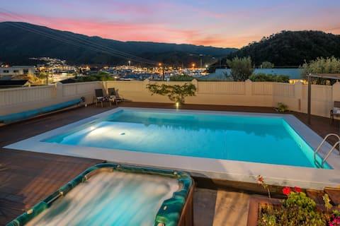 Потрясающие апартаменты с частным бассейном и тренажерным залом