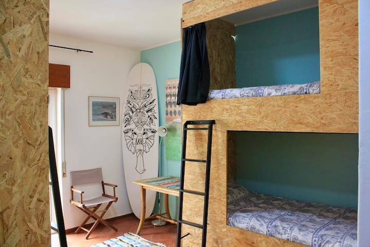 Banana Beach 4 Bed Female Dormitory Room Ensuite