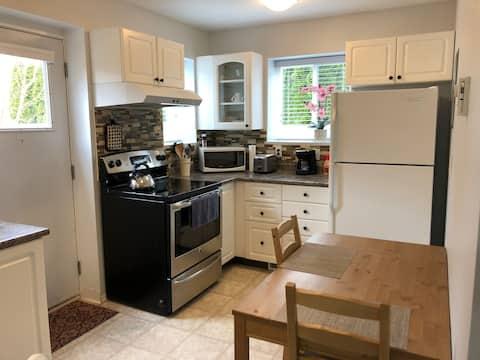 Robert and Kasandra's Walnut Grove cozy suite