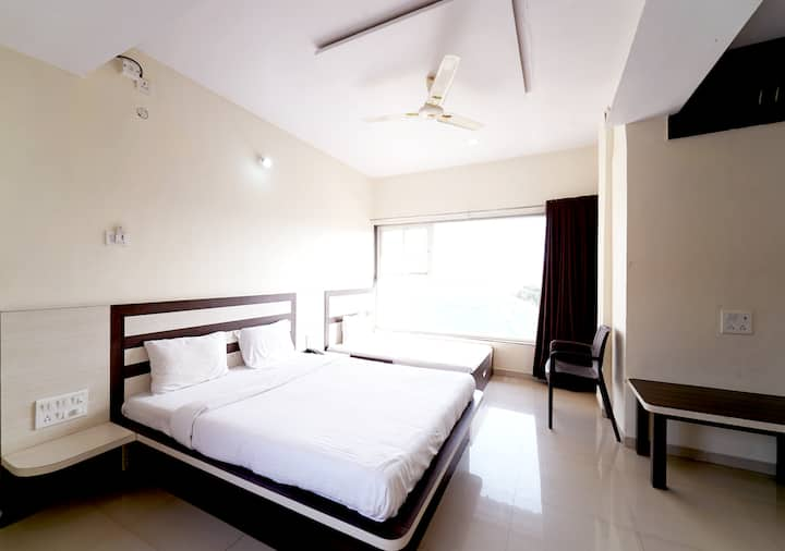 Triple Bed Room at Strawberry Hills
