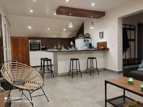 Bel appartement récent dans maison en Chartreuse