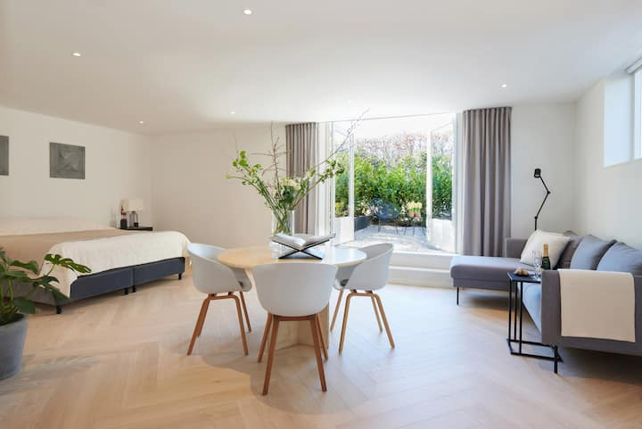 Villa Lunet - Luxury apartment with two bicycles