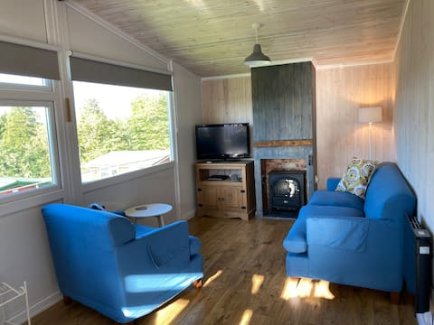 Cosy chalet, near to castle and beach, 4 guests