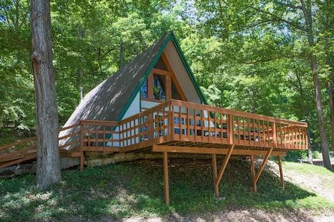 The Hillside Cabin near the Illinois River