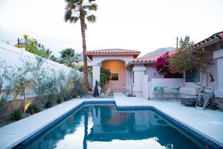 The Desert Alcove - Cozy, Cool, Eco-Sanctuary