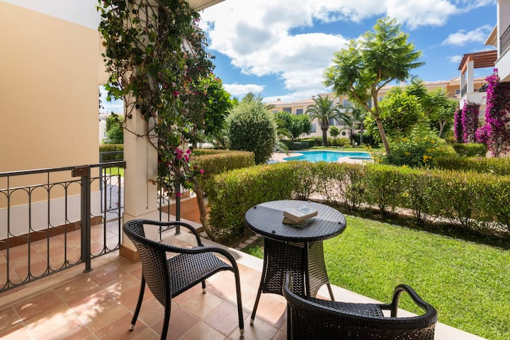 Apt. Del Rey, Pool, 2 terraces, close to the beach