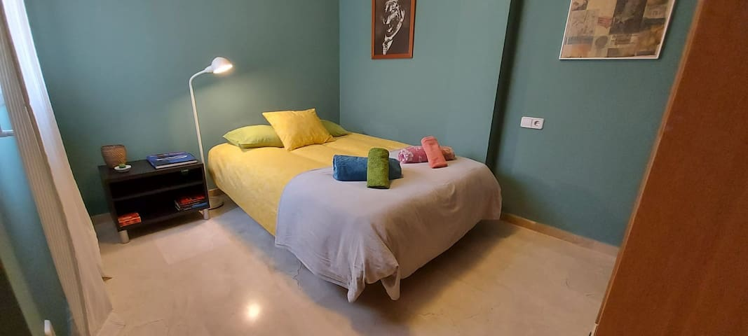 Dormitorio 3 con cama de matrimonio
