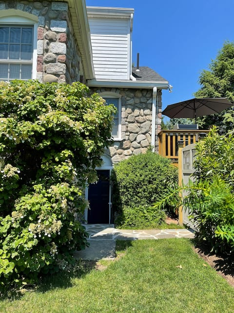 Oasis in Rockland: The Enchanted Garden