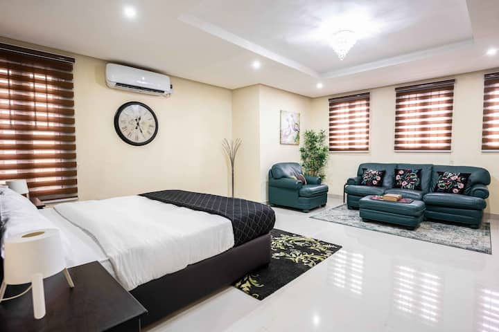 1 Bedroom at Park View Ikoyi by FHL Collection
