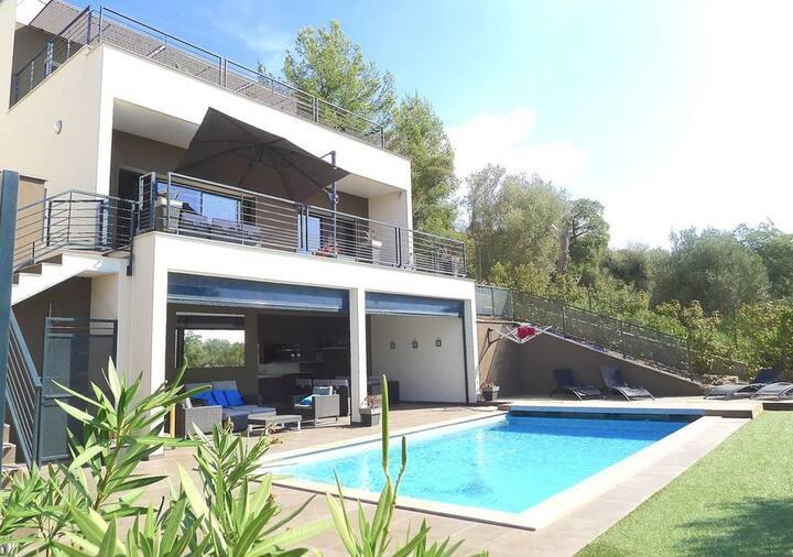 Minimalistic Villa, great view 5BR/5AC