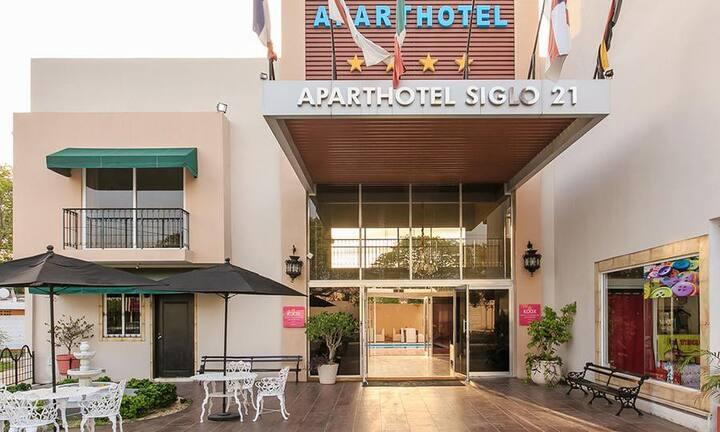 Hermosa y amplia habitación de hotel