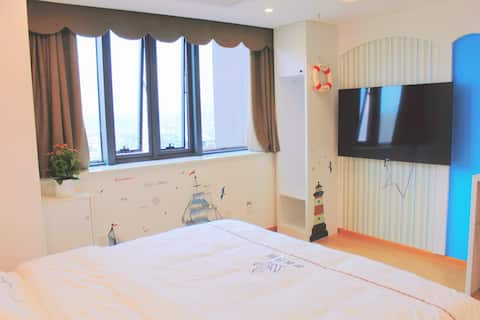 [Zifeng Homestay] Blue Wind Vine/Mediterranean Queen Bed Room/Whole House Smart/Laundry/Near CBD/Wanda Plaza/Mother and Child/Central Hospital/International Trade
