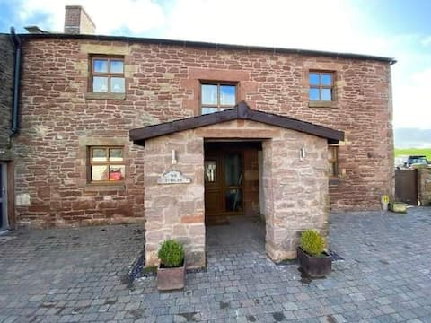 Charming newly refurbished Stables Conversion