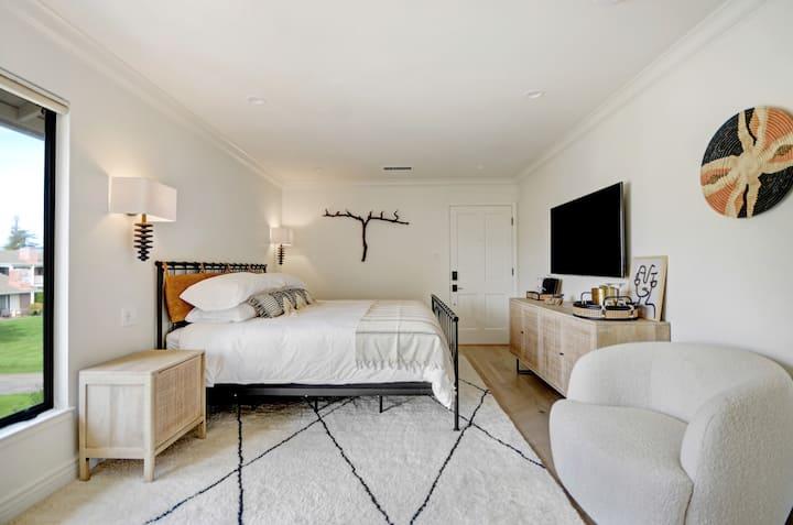 Modern Luxury Resort Room at Silverado