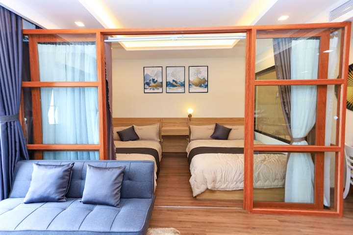 The bed is designed with a partition with the living room. You will have a more private space if someone in your family still wants to watch TV or you simply do not want to influence others. FLC Sea Tower Quy Nhon