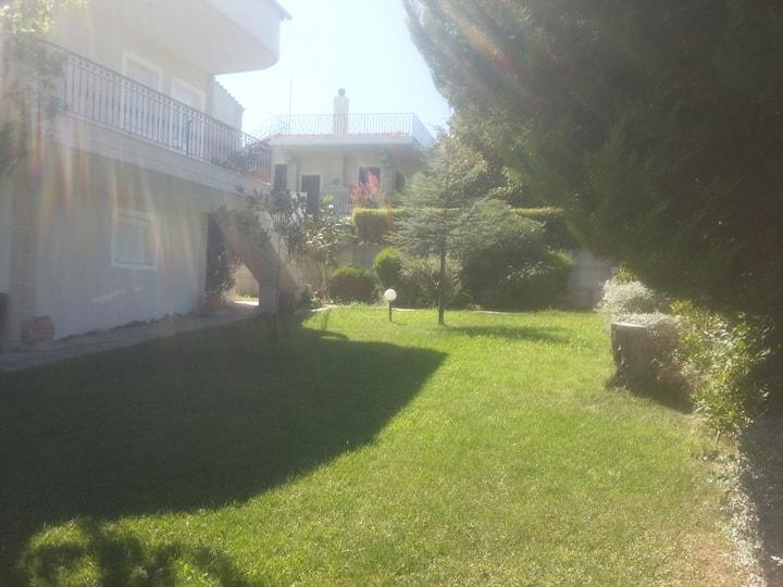 Βίλα με Κήπο στα Πανέμορφα Παράλια Λάρισας