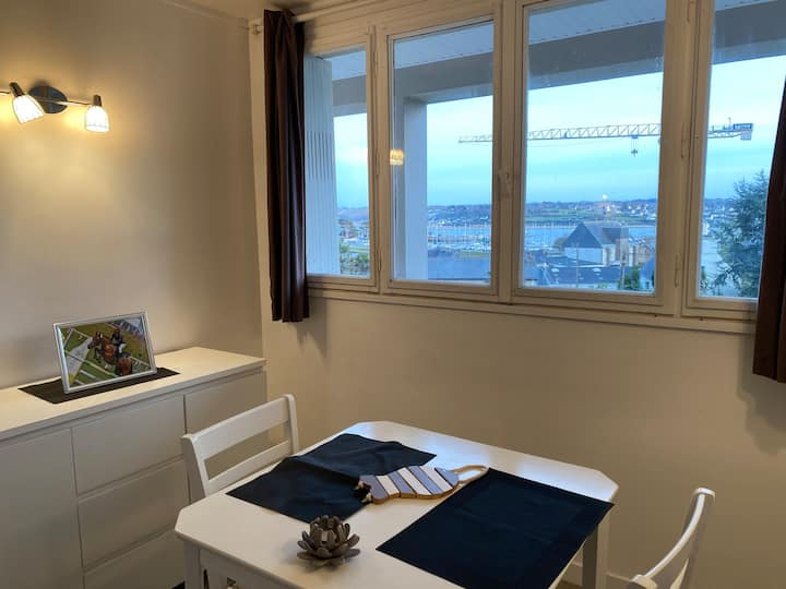 Petit logement  cocooning vue sur mer