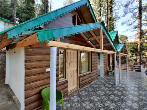 HomePlus Oak'N Pine 1BHK,WildlifeCottage,NAINITAL