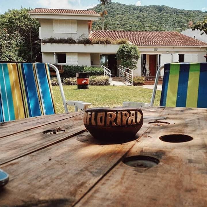 Hostel Manjericão - Quarto Compartilhado - 4 camas