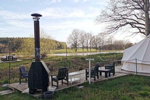 Glamping para cuatro - muelle y sauna en el Canal de Göta