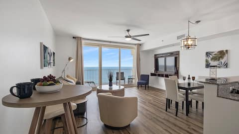 GULF VIEW! Completely Renovated/Private Balcony.