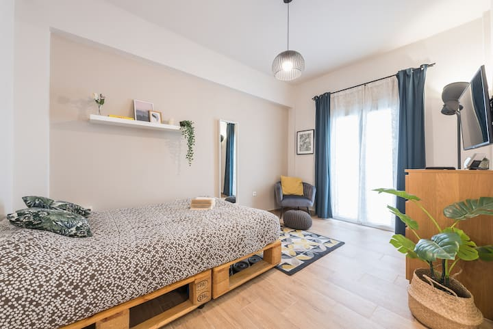 Athens Homely Studio, 3 mins walk from Acropolis