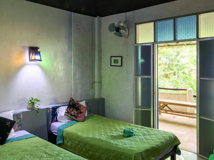 Leelawadee4 - Decent room overlooking jungle view