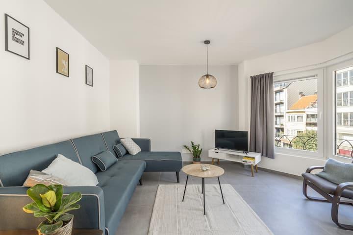 Nieuw appartement vlak bij de zee op 1e verdiep
