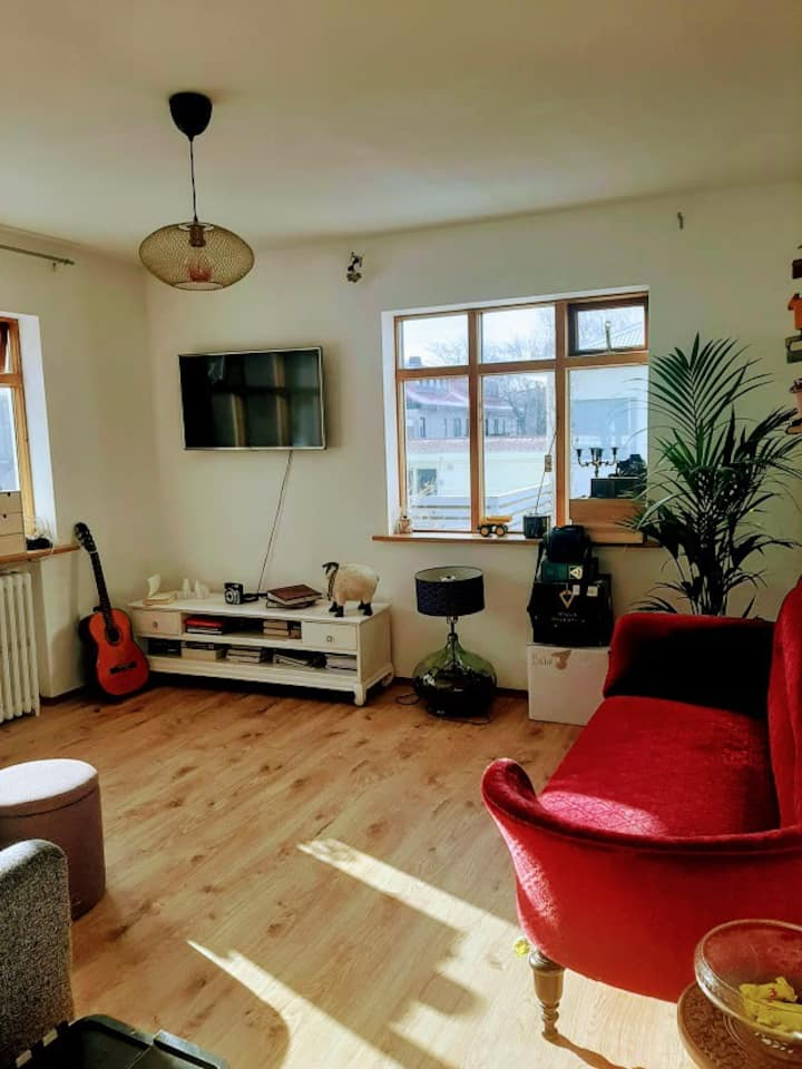 Bright and sunny central located apartment