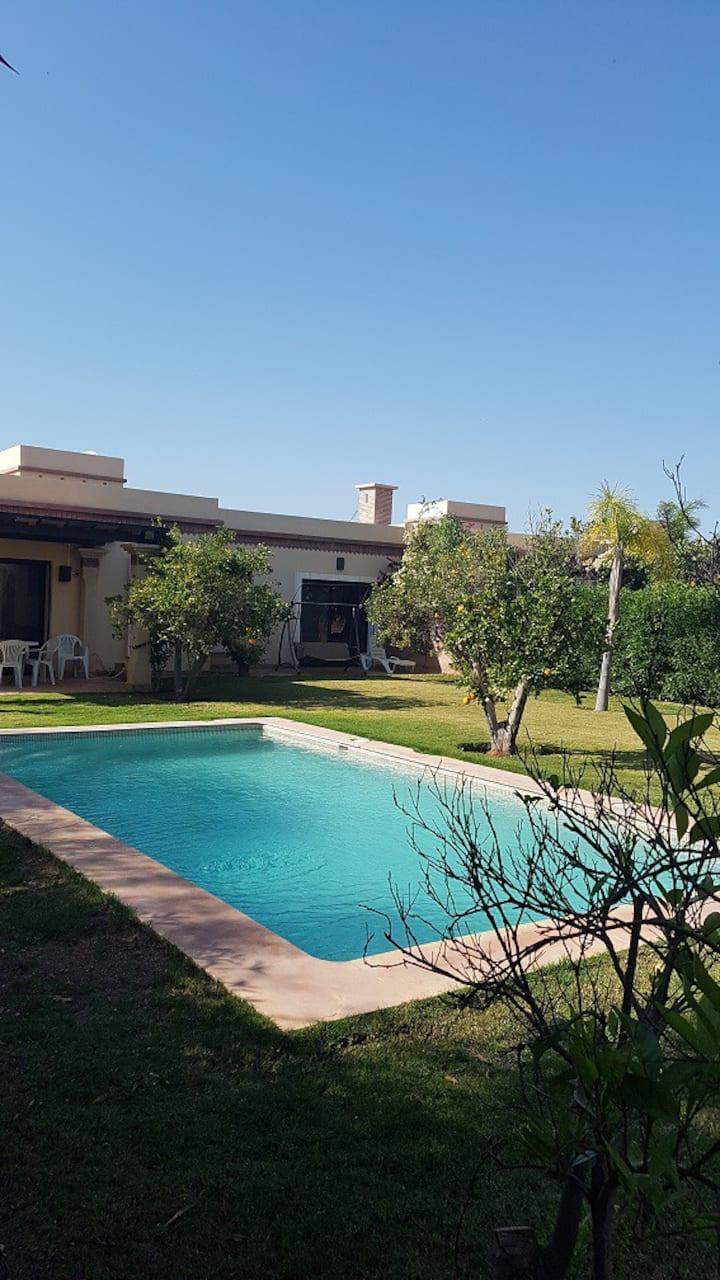 Splendide villa avec piscine privée sans vis à vis