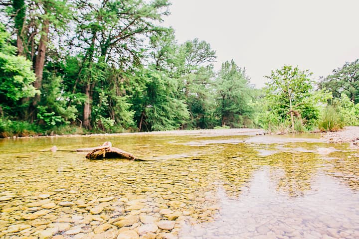 BEAUTIFUL FRIO RIVER FRONTAGE on 26 ACRES