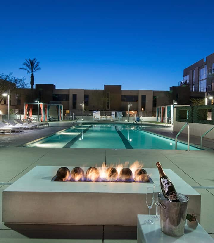 LUXURY APT conveniently located near LasVegasStrip