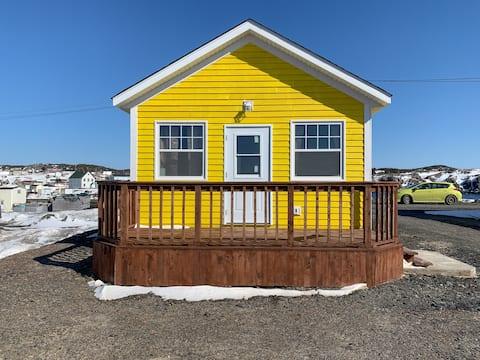 (Yellow Cabin) Clara's Shoreline Getaway