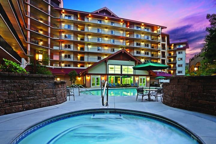 Smoky Mountain Resort in downtown Gatlinburg