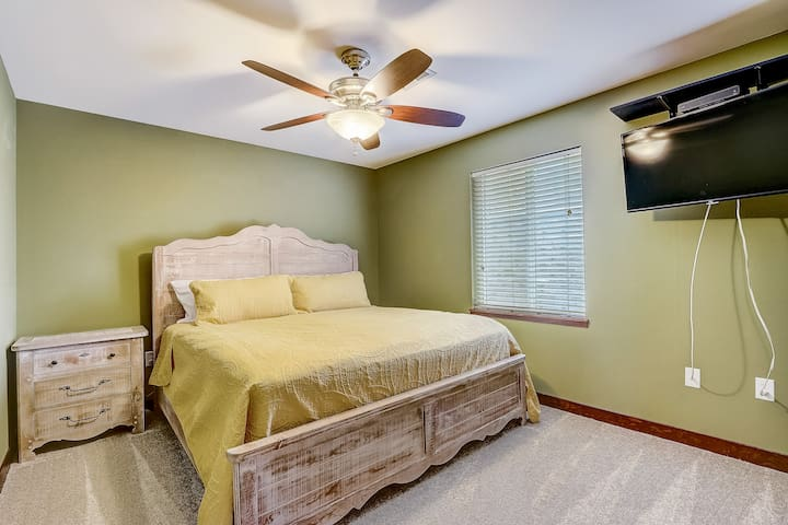 Guest bedroom, king bed.  Sliding barn door turns guest bath and bed in to a private suite.