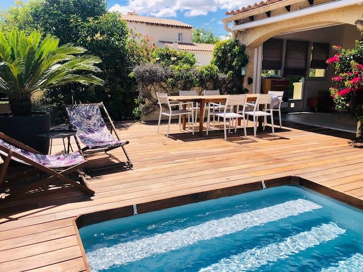 Agréable villa avec piscine, idéale famille