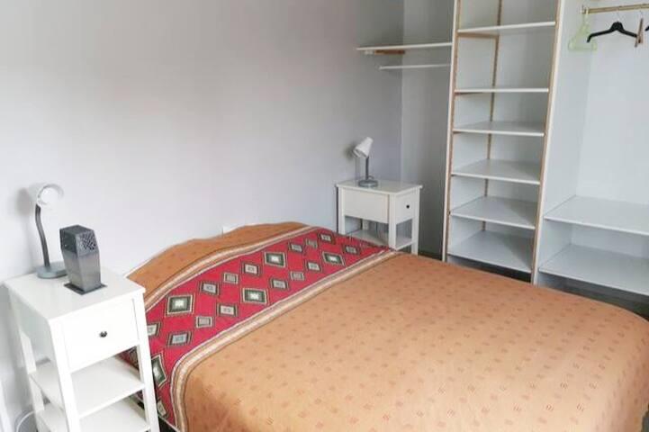 Chambre 2 - un lit 160