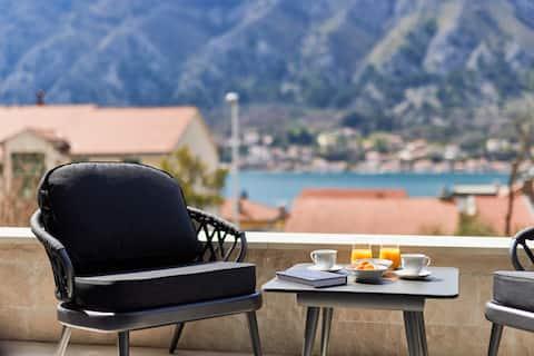 Kotor Lux Apartment, Sea View, Near Centre, No 2