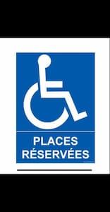 Vittel possède de nombreuses places pour les personnes à mobilité réduite