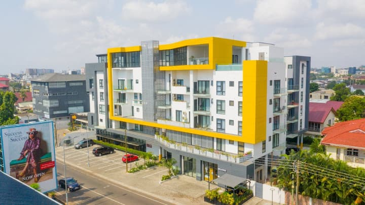 Brand New Luxurious 2 bedroom apartment in Labone