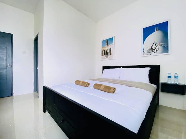 Ameera Inn Executive Room 1 @Patrakuningan