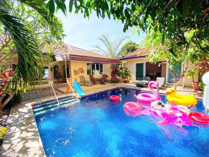บ้านพูลวิลล่า Poolvilla Pattaya ใกล้ทะเล