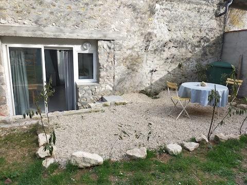 安静村庄的独立房间