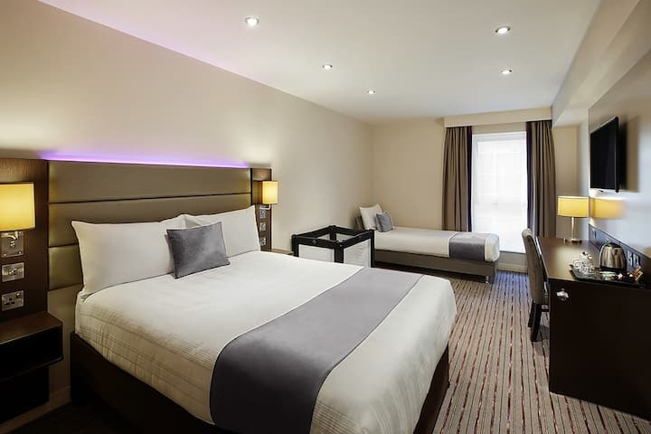 Fortune Hotel - Twin Room