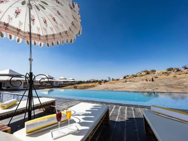 BrijJawai Luxury Tents with all meals & 2 Safaris