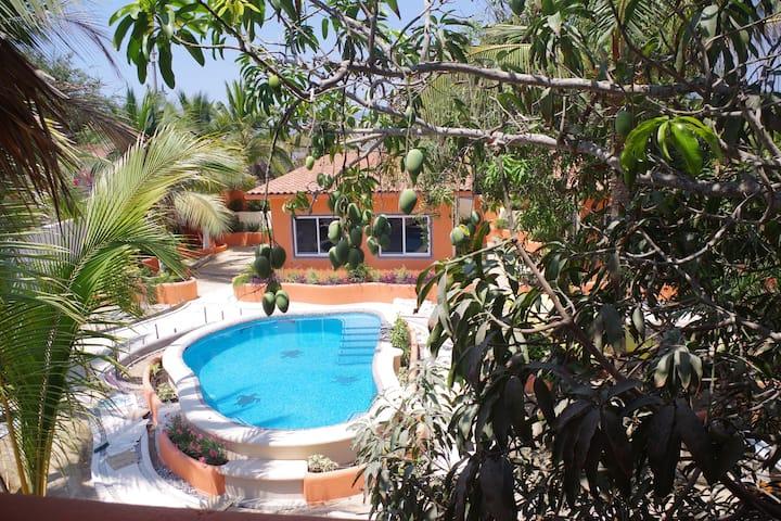 Casitas Bajo Las Estrellas-4, pool & beach access