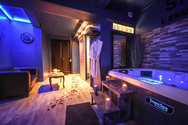 Suite cocooning avec jacuzzi privatif